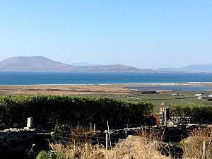 La vue vers l'île Clare Island