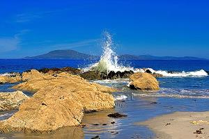 Das Bild von Cross Beach ist mit freundlicher Genehmigung von Vincent Kerrigan